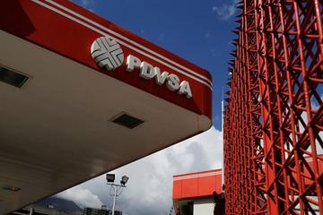 Cấm vận của Mỹ sẽ là 'chuông báo tử' cho ngành dầu mỏ Venezuela
