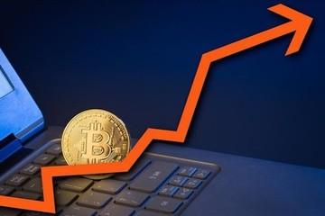 Bitcoin quay trở lại đà tăng khi Mỹ công bố chính sách thuế mới
