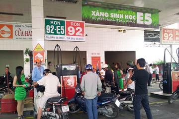 Doanh nghiệp lớn phản đối bán lại xăng RON92