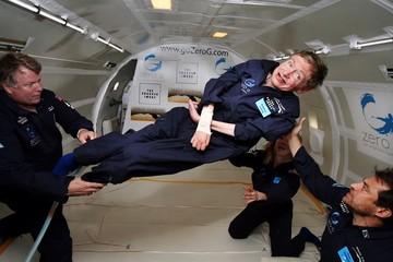 10 câu nói đáng nhớ của nhà bác học thiên tài Stephen Hawking