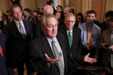 Thượng viện Mỹ thông qua dự luật nới lỏng quy định tài chính lớn nhất 10 năm