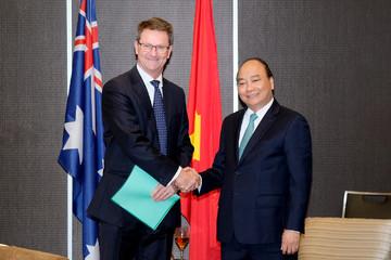 Thủ tướng gợi ý các tập đoàn Australia hợp tác khai thác tiềm năng nông nghiệp