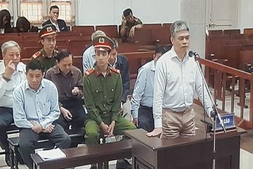[Xét xử vụ án tại PVN] Tranh cãi quanh khoản tiền 20 tỷ: Tiền về PVN hay cho riêng Ninh Văn Quỳnh?