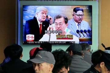 Tổng thống Moon muốn tổ chức hội nghị Hàn - Mỹ - Triều
