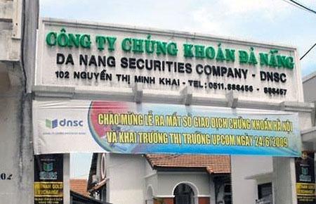 Cổ phiếu DSC tăng giá 8 lần, Việt Nam Equity tính chốt lời một phần