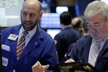 Dow Jones tăng 650 điểm do căng thẳng Mỹ-Trung hạ nhiệt