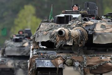 Mỹ muốn NATO tập hợp 30.000 quân đề phòng Nga tấn công