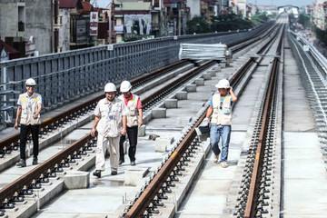Đường sắt Cát Linh - Hà Đông lùi tiến độ đến năm... 2021
