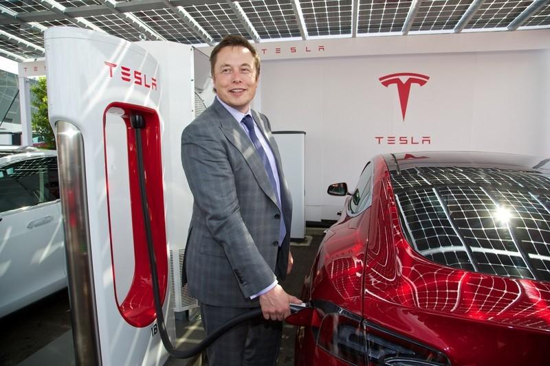 Tesla loay hoay với quy trình sản xuất xe quy mô lớn