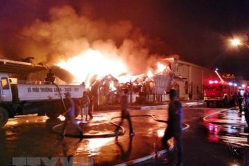 Cơ bản kiểm soát được đám cháy tại nhà máy sợi Texhong-Ngân Long