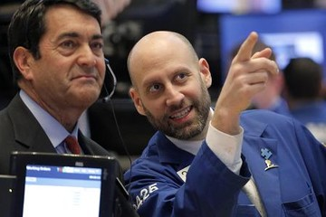 Chứng khoán Mỹ tiếp tục tăng do nhóm cổ phiếu công nghệ phục hồi