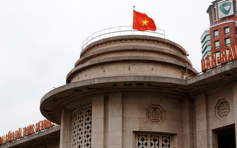 Ngân hàng Việt đôn đáo tìm đối tác chiến lược và tăng vốn