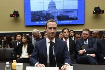 Điểm nhấn trong buổi điều trần thứ 2 của CEO Facebook