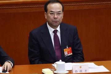 """Cựu ủy viên Bộ Chính trị Trung Quốc thừa nhận """"ăn"""" hối lộ 27 triệu USD"""