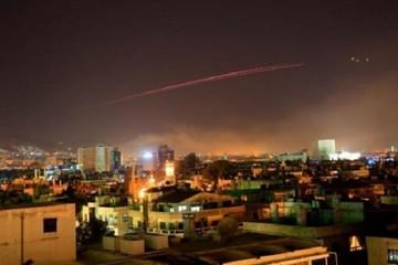 Phòng không Syria bắn hạ ít nhất 13 tên lửa Mỹ