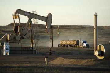 Giá dầu tuần qua tăng hơn 8% do căng thẳng địa chính trị