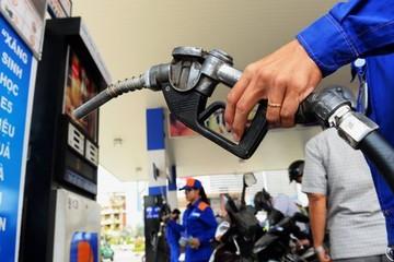 Giữ ổn định giá xăng, tăng giá dầu