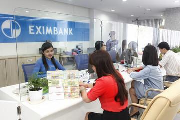 Vụ mất 50 tỷ tại Eximbank: Khách hàng không chấp nhận việc Ngân hàng yêu cầu hoãn phiên toà để tổ chức ĐHĐCĐ