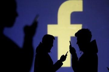"""Facebook báo lãi """"khủng"""", bất chấp bê bối dữ liệu"""