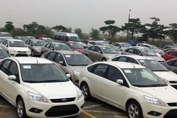 Nhập khẩu ôtô lại giảm mạnh