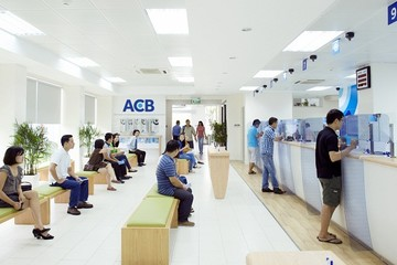 Lãi ròng ACB quý I gấp 2,4 lần cùng kỳ, dư nợ tín dụng tăng 7%