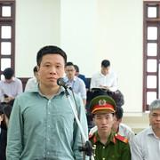 """Bị cáo Hà Văn Thắm: """"Bản án sơ thẩm chưa đúng người đúng tội"""""""