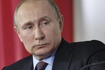 Chi tiêu quân sự của Nga lần đầu tiên giảm trong 20 năm