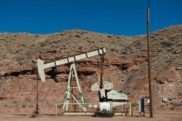 Giá dầu cao nhất từ tháng 11/2014 vì vấn đề Iran