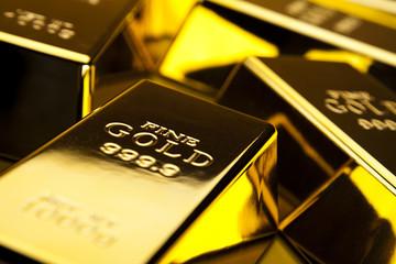 Vàng tiếp tục đà tăng nhờ đồng USD suy yếu