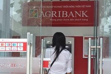 Loạt chủ thẻ ATM bị rút trộm tiền trong đêm: Agribank hoàn trả tiền