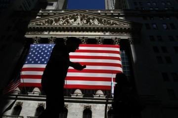 Chứng khoán Mỹ tăng điểm nhờ quyết định của Trump
