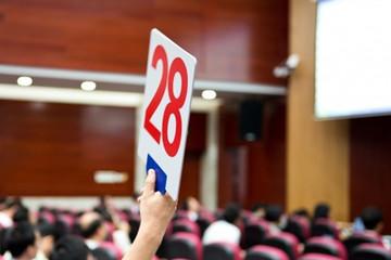 HNX: Thu về 914 tỷ qua đấu giá tháng 4, đấu giá quyền mua HVN vào tháng 5