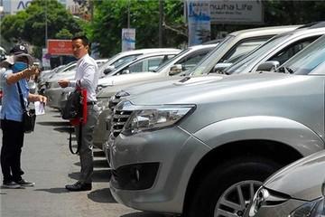 Từ 1/6, TP.HCM bắt đầu thu phí ô tô đậu dưới lòng đường