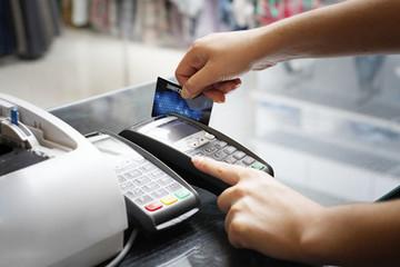 Ngân hàng cảnh báo không quẹt thẻ ATM tại thiết bị khác ngoài máy POS