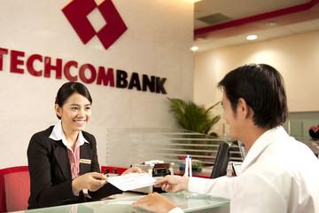 Techcombank bán xong 64,4 triệu cp quỹ, thu về hơn 8.200 tỷ đồng