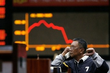Vì sao sự tự mãn là kẻ thù của mọi nhà đầu tư chứng khoán?