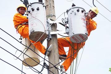 TCT Điện lực miền Nam đạt gần 100.000 tỷ doanh thu và 478 tỷ lãi năm 2017