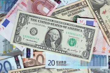 Tỷ giá USD hôm nay (19/5) chạm đỉnh nhiều tháng so với các đồng tiền chủ chốt