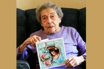 Cụ bà 106 tuổi ở Anh: Tôi sống lâu nhờ không lấy chồng