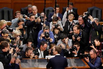 Facebook chia sẻ thông tin người dùng với ít nhất 60 hãng công nghệ