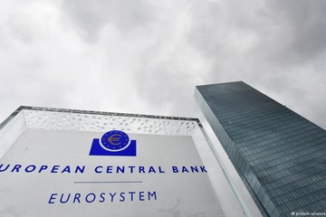 ECB: 20 năm, một sứ mệnh bảo vệ đồng euro