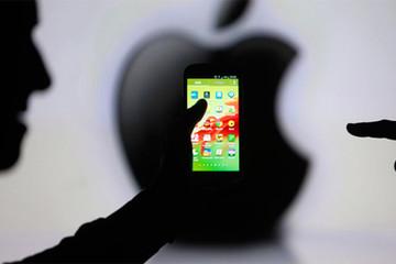 Apple và Facebook khẩu chiến