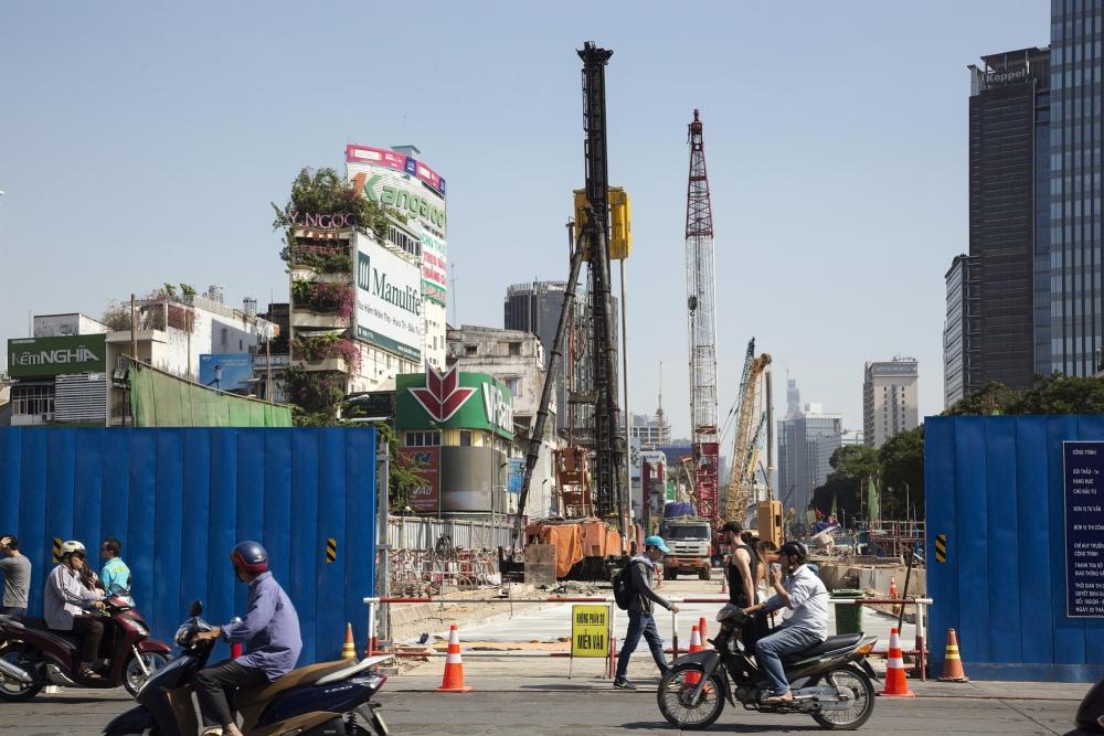 Fitch: Việt Nam cần thận trọng để trở thành nền kinh tế đáng đầu tư