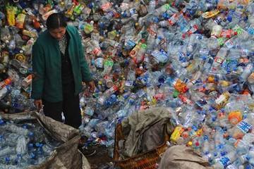 Bị Trung Quốc từ chối nhập khẩu, 24 loại phế liệu trên thế giới sẽ đi về đâu?