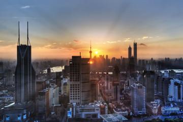 UBS: Thị trường mới nổi sẽ phục hồi trong nửa cuối năm