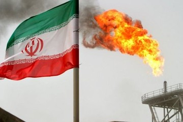 Mỹ yêu cầu đồng minh dừng mua dầu thô của Iran