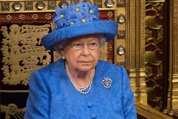 Nữ hoàng Anh thông qua luật Brexit, mở đường cho Anh rời EU