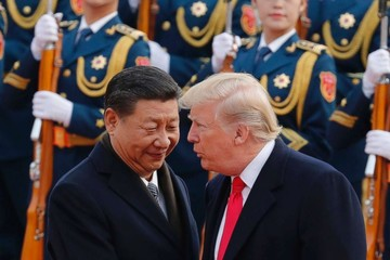 Trump bỏ giới hạn đầu tư mới với Trung Quốc