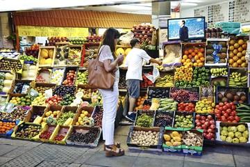 Khu chợ mua bán kiểu xưa để đối phó suy thoái ở Argentina