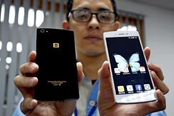 Nikkei: Các nhà sản xuất smartphone Việt Nam muốn cạnh tranh với Samsung